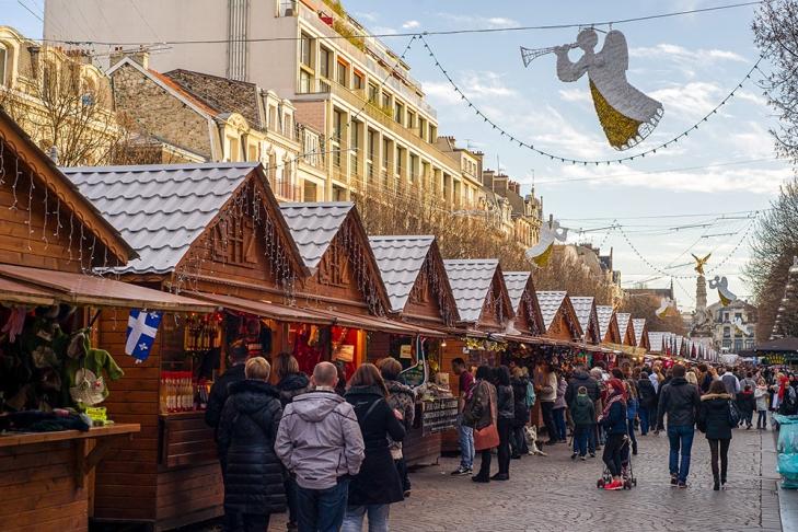 ВоФранции задержаны подозреваемые вподготовке теракта нарождественском рынке