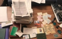 Продавал чужие квартиры: в Киеве задержали дерзкого злоумышленника
