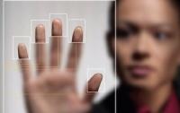 В аэропорту Кишинева начал работу биометрический информационный киоск