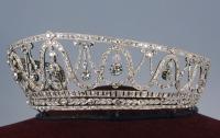 Из музея Германии похитили золотую диадему, украшенную сотнями бриллиантов