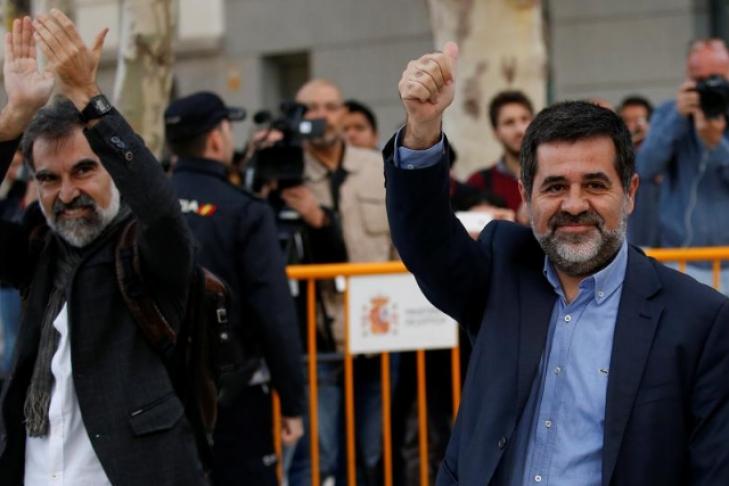 Испанский суд арестовал 2-х лидеров— Референдум вКаталонии