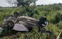 В Мексике столкнулись три автомобиля: среди жертв годовалый ребенок