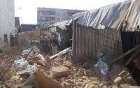Обвалилось старое здание бывшего кинотеатра на Закарпатье (фото)