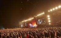 На рок-фестивале Rock am Ring в Германии молния травмировала 42 человека
