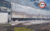 Сильный пожар в пригороде виден даже киевлянам (видео)