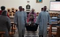 Польские священники продемонстрировали средневековое поведение