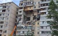 Жители разрушенного на Позняках дома не могут забрать вещи