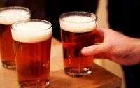 Житель Новой Зеландии показал зрелищный трюк с пивом (видео)