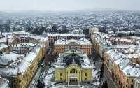 Вопреки карантинным запретам в Черновцах открывают самый крупный рынок