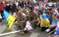 Порошенко показал душераздирающее видео в память погибших на Донбассе