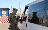 На Донбасс отправили 15 грузовиков гуманитарной помощи