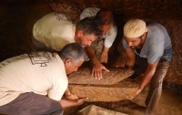 В Египте обнаружили гигантское кладбище времен Тутанхамона