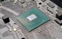 Intel предупредила заказчиков о прекращении выпуска системной логики 300-й серии для устаревших процессоров