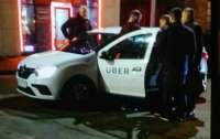 В Днепре 10 человек избили водителя такси: мужчина госпитализирован