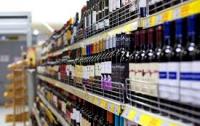 Суд разрешил киевлянам покупать алкоголь ночью, но местные власти запретили