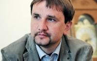Историк высказался о возможных причинах увольнения Вятровича с должности
