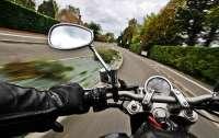 В Киеве мотоциклист стрелял по прохожим