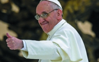 Папу Римского обвинили в экзорцизме