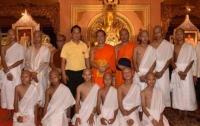Спасенные в Таиланде подростки стали послушниками в монастыре