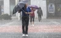 В Испании закрыли дороги и школы из-за дождей (видео)