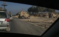 Американские военные пока остаются в Сирии, но пакуют чемоданы