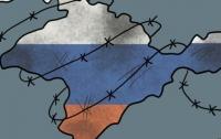 Опасные военные маневры устроили оккупанты в Крыму (видео)