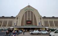 На Центральном вокзале в Киеве неизвестные похитили девушку