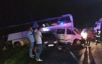 ДТП на Львовщине: в аварию попал автобус с детьми, много пострадавших