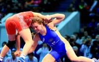 На чемпионате Европы по борьбе украинки завоевали первые награды