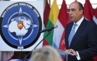 НАТО обещает Украине помощь в борьбе с коррупцией в армии