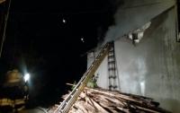 Пожар в спортивном клубе Киева тушили 50 пожарников
