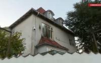 В Дании посольство Турции забросали