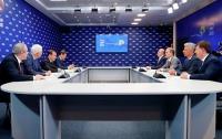 Медведчук в Москве обсудил с Медведевым снятие санкций с украинских компаний
