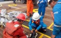 Водолазы возобновили поиски разбившегося индонезийского Boeing