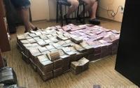 Спецслужбы изъяли 50 млн грн у подозреваемых в незаконной реализации сигарет