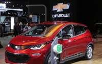GM отзывает 73 тыс. электромобилей Chevrolet Bolt из-за риска возгорания батарей