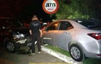 Как в компьютерной игре: в Киеве пьяный водитель, убегая от полиции, разбил пять автомобилей