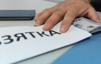 Киевские оперативники требовали взятку за снятие автомобиля с розыска