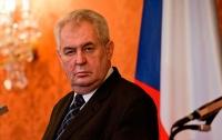 Президент Чехии позвал Зеленского в Прагу