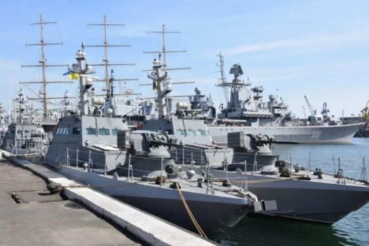ВОдессу прибыли новые бронированные артиллерийские баркаса