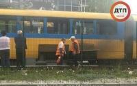 ЧП в Киеве: на ходу загорелся трамвай с пассажирами