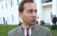 Николай Томенко ищет две строчки Гимна Украины