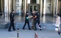 В Киеве в суде ищут бомбу: охранник здания поставил под угрозу жизни сотрудников