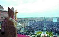 После отречения Папа Римский Бенедикт XVI получит титул «почетного Папы»