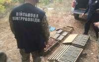 Более 5 тысяч патронов и 300 снарядов: Возле Мангуша нашли склад боеприпасов