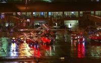 В аэропорту США загорелся самолет, есть пострадавшие (видео)