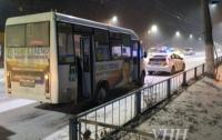 В Житомире ребенок выпал из маршрутки