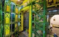Ученые CERN обнаружили новые экзотические частицы
