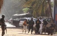 Террористы на мотоциклах расстреляли и сожгли 47 мирных жителей