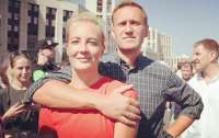 Жену Навального врачи к нему не пускали